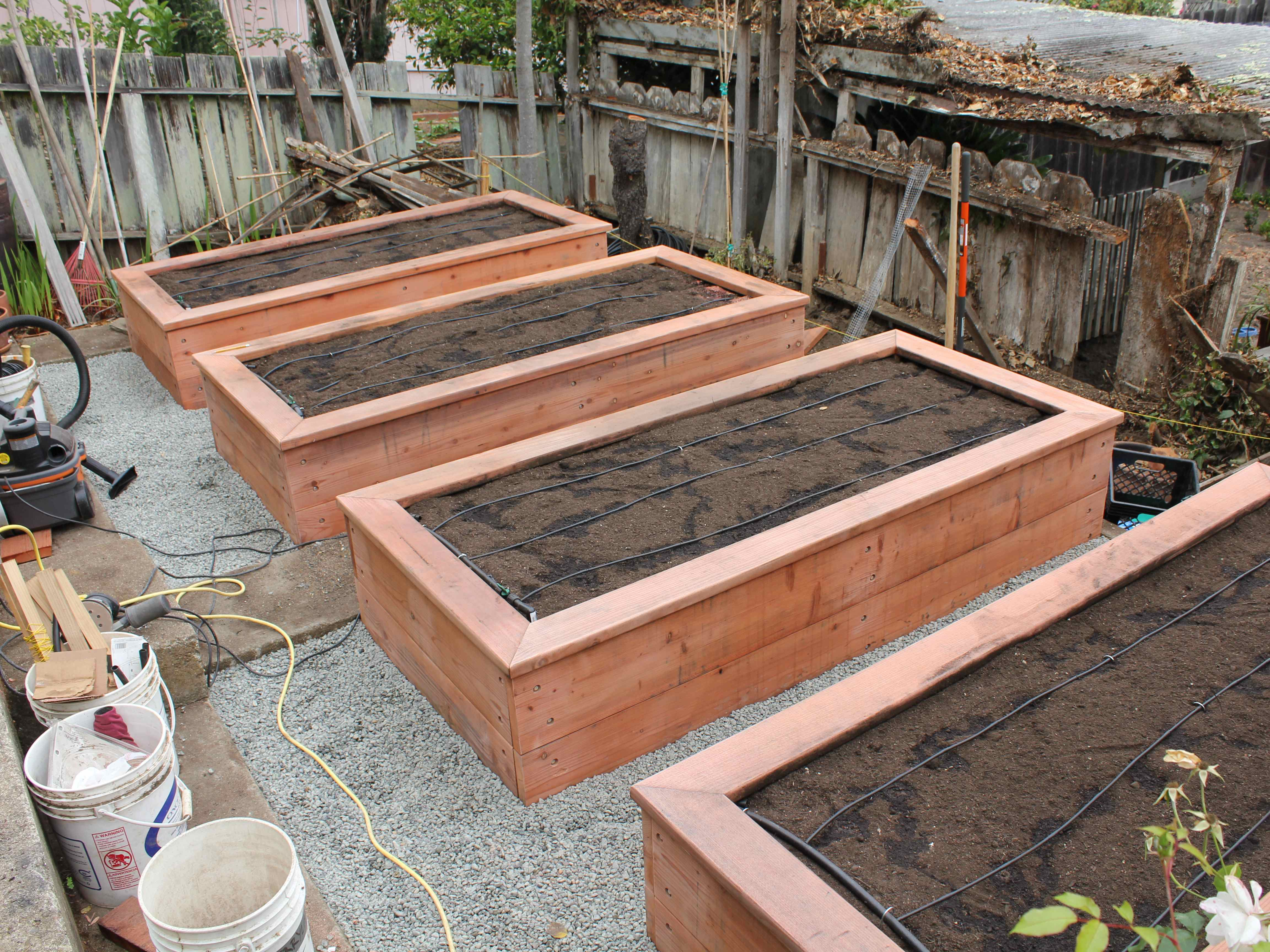 to build garden of a flower box diy cheap easy building raised beds how elegant ideas bed wooden planter